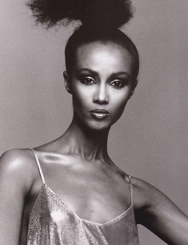 Моделі 90-х: як змінилася екзотична сомалійка Іман (18+) - фото 345239