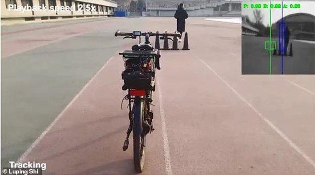 У Китаї розробили велосипед з автопілотом і голосовим управлінням - фото 345370