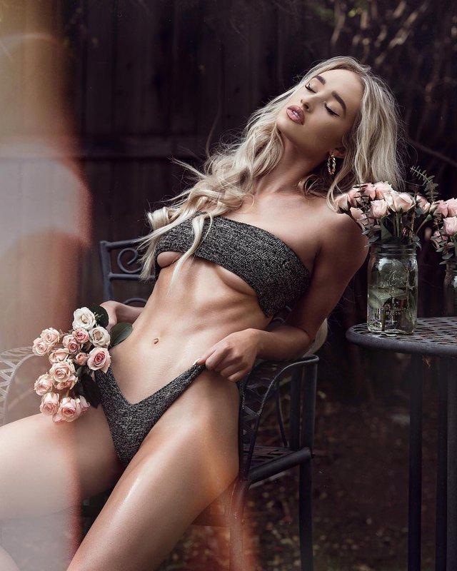 Дівчина тижня: пристрасна блондинка та сексуальна зірка Playboy Кіра Транструм (18+) - фото 345547