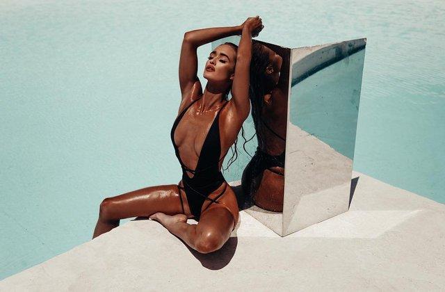 Дівчина тижня: пристрасна блондинка та сексуальна зірка Playboy Кіра Транструм (18+) - фото 345548