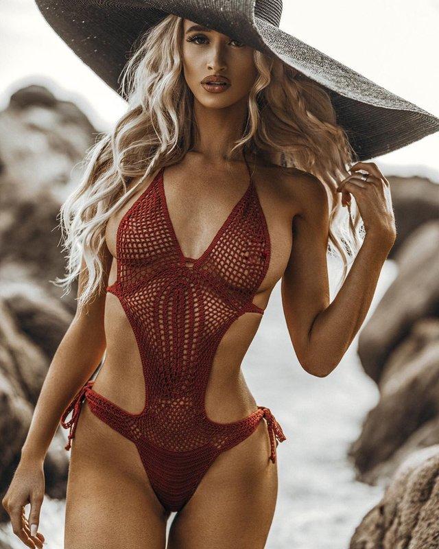 Дівчина тижня: пристрасна блондинка та сексуальна зірка Playboy Кіра Транструм (18+) - фото 345554