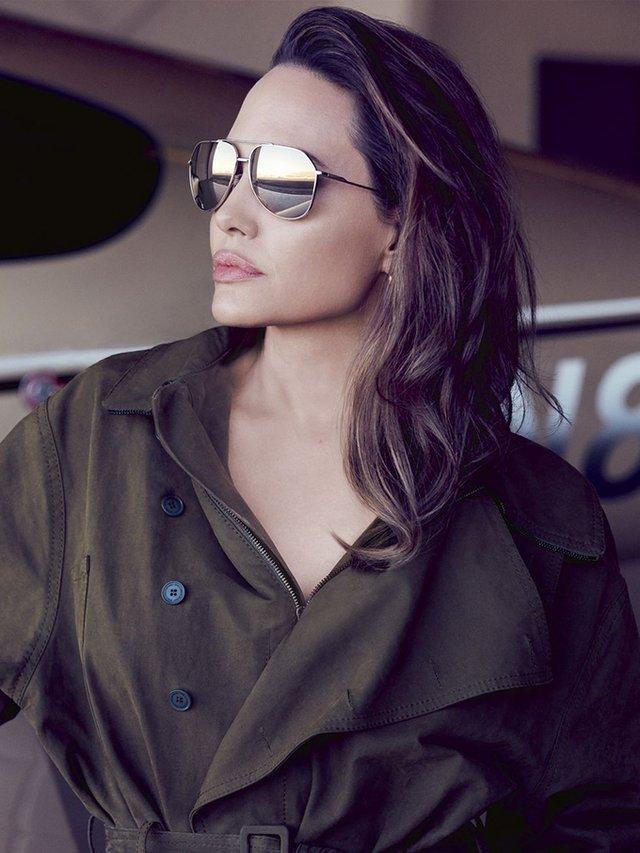 Мене б палили на вогнищі: Анджеліна Джолі вразила відвертим есе - фото 345856