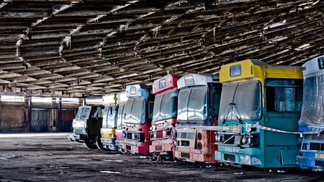 Інноваційна будівля була вузлом міжнародних, внутрішніх та міських маршрутів Києва - фото 345894