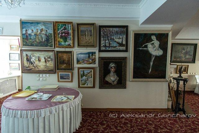 Українців розсмішила їдальня НАЗК у стилі Лувру: епічні фото - фото 346094
