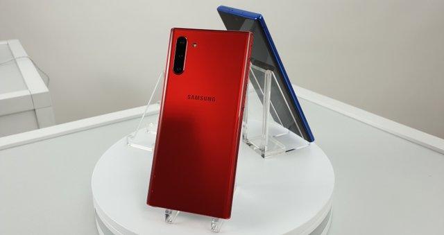 Представлено Samsung Galaxy Note10 та Note10+: чим вразили новинки - фото 346264