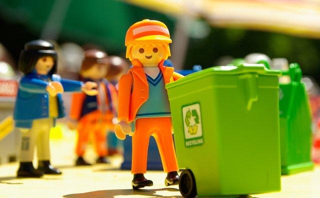 Чоловіки вважають, що сортування сміття притаманне лише геям - фото 346345