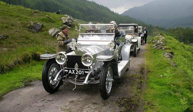 Пішов з молотка 112-річний колекційний Rolls-Royce - фото 346370