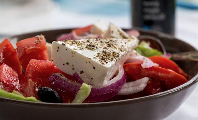 Грецький салат: покрокові рецепти приготування салату з фото - фото 346406