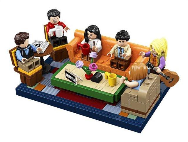 З'явився конструктор Lego за мотивами серіалу ДРУЗІ: зацініть кумедні фігурки - фото 346622