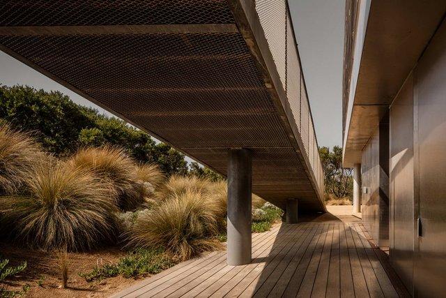 Як виглядає незвичайна пляжна вілла в Австралії - фото 346652