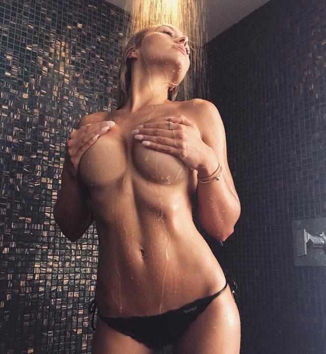 Дівчина тижня: розкута пишногруда австралійська модель Джорджина Джентл (18+) - фото 346736