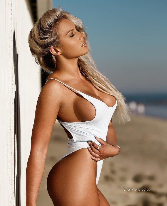 Дівчина тижня: розкута пишногруда австралійська модель Джорджина Джентл (18+) - фото 346748