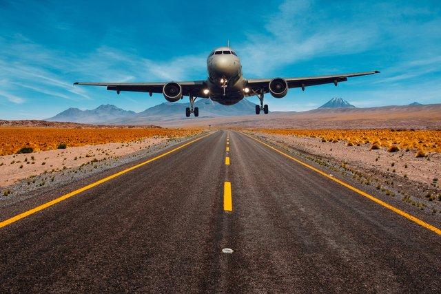 Руйнуємо міфи: 10 популярних вигадок про літаки - фото 346773