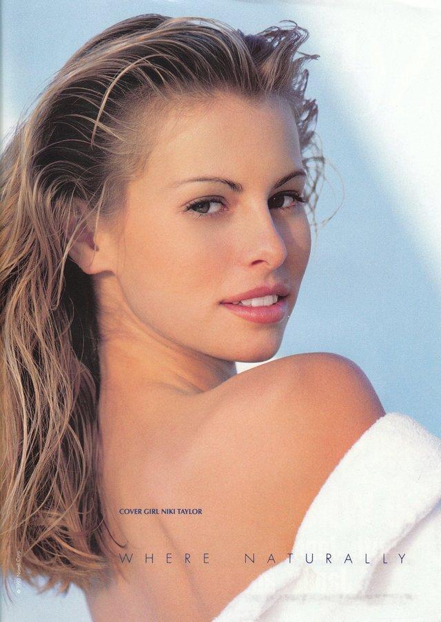 Моделі 90-х: як змінилася легендарна фотомодель Нікі Тейлор (18+) - фото 347454