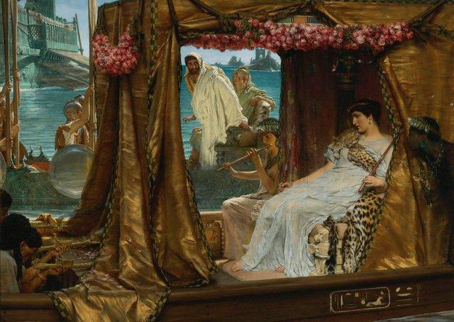 Секрет розкрито: науковці відтворили парфуми Клеопатри, яким понад 2 000 років - фото 347482