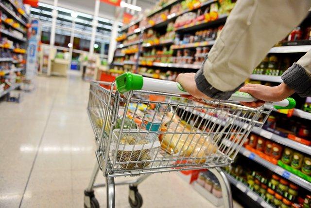 Супермаркет поблизу сприяє набору зайвої ваги - фото 347605