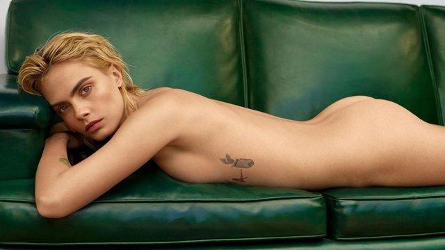 Кара Делевінь знялася абсолютно голою в пікантній фотосесії - фото 347745