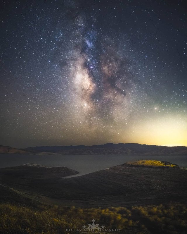Космос поряд: вражаючі фото нічного неба з Землі - фото 348284