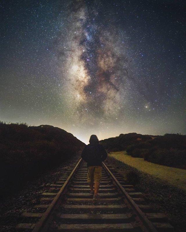 Космос поряд: вражаючі фото нічного неба з Землі - фото 348293