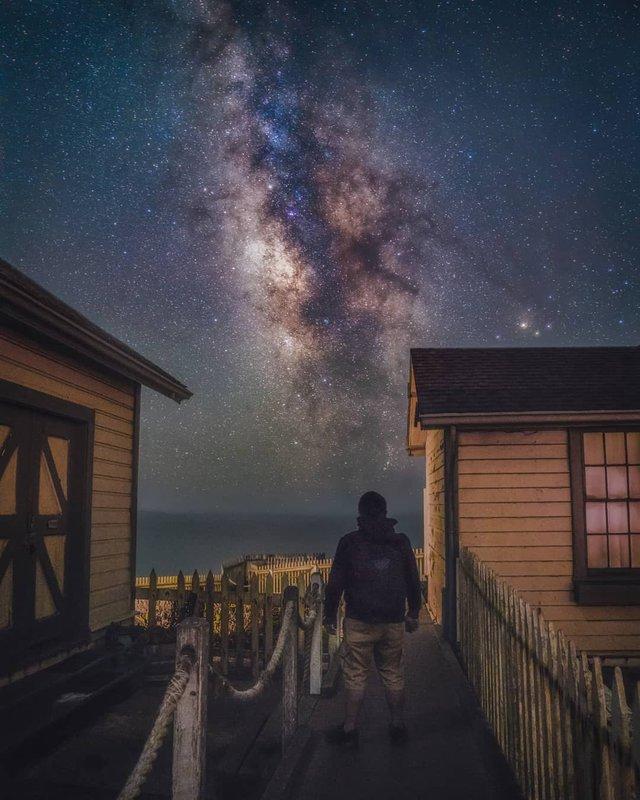 Космос поряд: вражаючі фото нічного неба з Землі - фото 348294