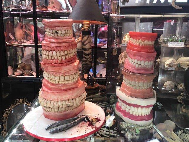 Десерти від цього майстра можуть не на жарт налякати - фото 348300