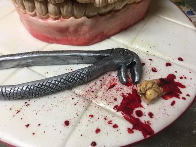 Десерти від цього майстра можуть не на жарт налякати - фото 348310