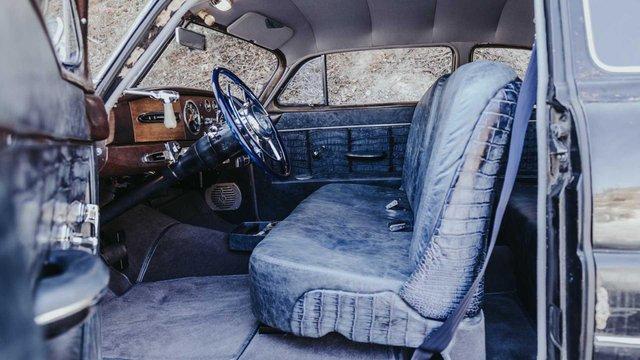 Pimp My Ride: 70-річне купе оснастили 638-сильним двигуном V8 - фото 348427
