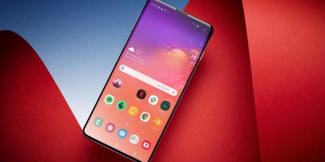 Samsung Galaxy S10 - фото 348454