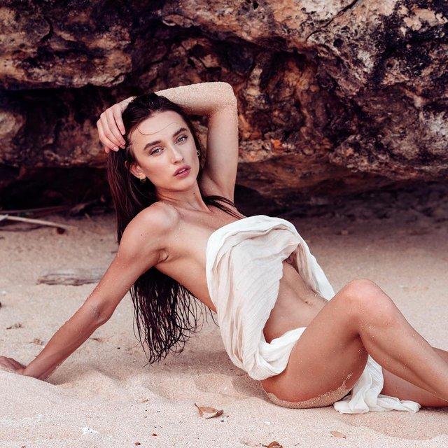 Дівчина тижня: гаряча українська зірка Playboy та фільмів для дорослих Глорія Сол (18+) - фото 348483