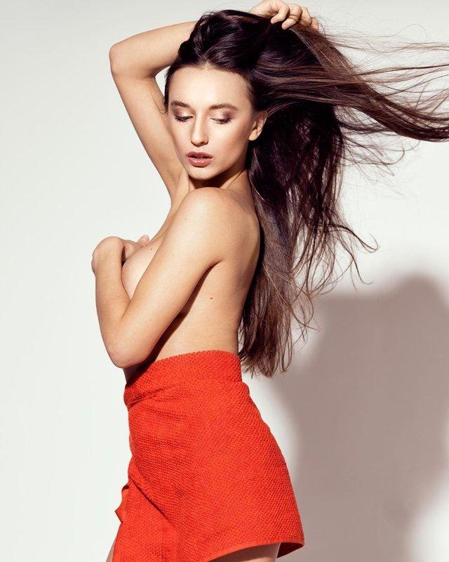 Дівчина тижня: гаряча українська зірка Playboy та фільмів для дорослих Глорія Сол (18+) - фото 348485