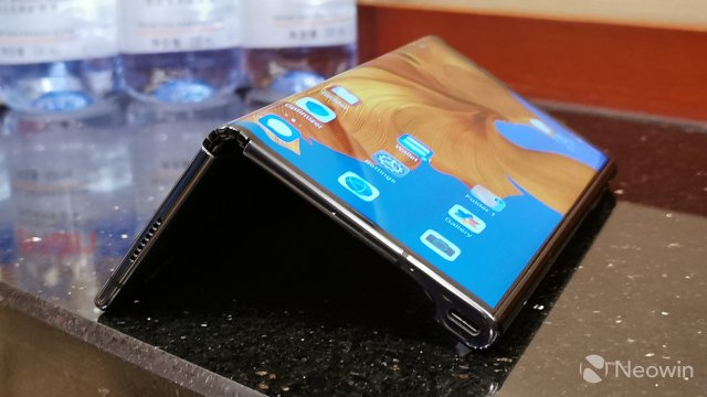 Huawei Mate X вийде з новим процесором і поліпшеною камерою - фото 348693
