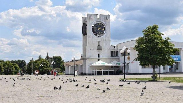 Славутич розташований біля кордону з Білоруссю - фото 348878