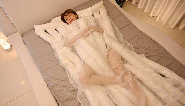 Це варто побачити: японці вигадали макарони для сну - фото 349309