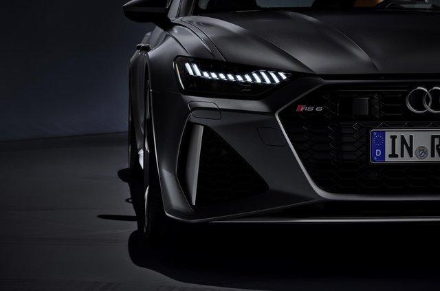 Audi показала новий 600-сильний універсал - фото 349360