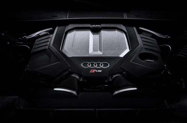 Audi показала новий 600-сильний універсал - фото 349363