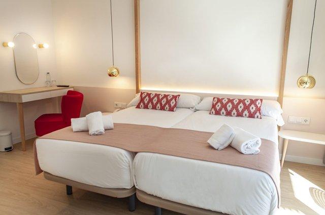 В Іспанії відкрили перший готель лише для жінок - фото 349724