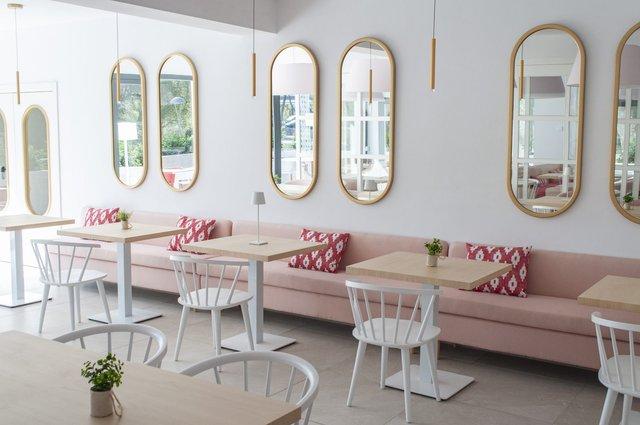 В Іспанії відкрили перший готель лише для жінок - фото 349725