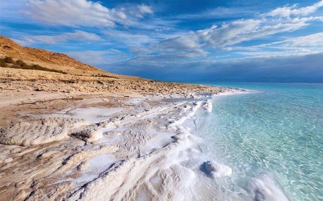 Відпочинок по-королівськи: чому варто поїхати на море в Йорданію - фото 349887