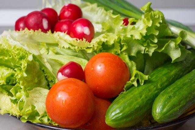 Активне вживання зелені відтерміновує старість - фото 349966