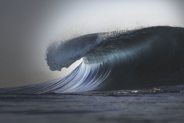 Ловіть хвилю: приголомшливі фото з побережжя Австралії - фото 350207