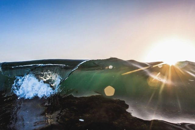 Ловіть хвилю: приголомшливі фото з побережжя Австралії - фото 350218