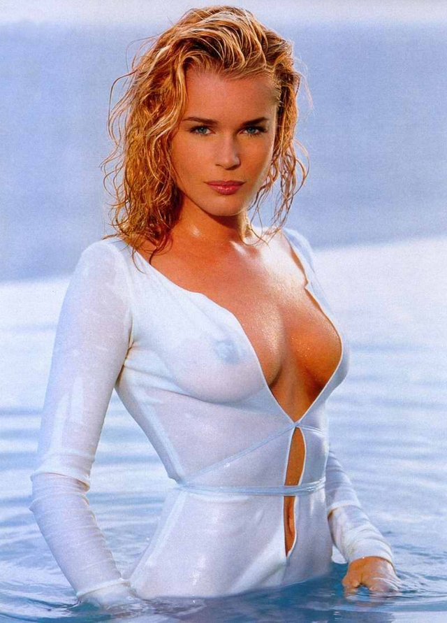 Моделі 90-х: як змінилася білява амазонка Ребека Ромейн (18+) - фото 350591