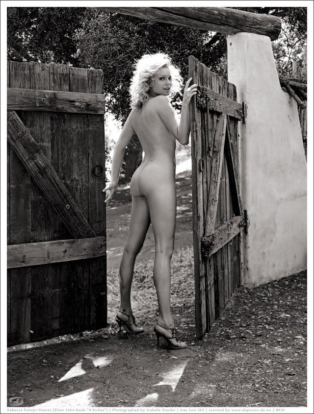 Моделі 90-х: як змінилася білява амазонка Ребека Ромейн (18+) - фото 350592