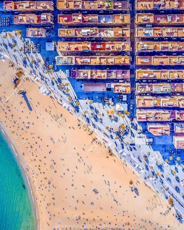 Вражаючі фото світу з висоти пташиного польоту: яскраві кадри - фото 350661