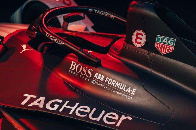 Porsche представила електричний болід для дебютного сезону у Формулі-Е - фото 350996