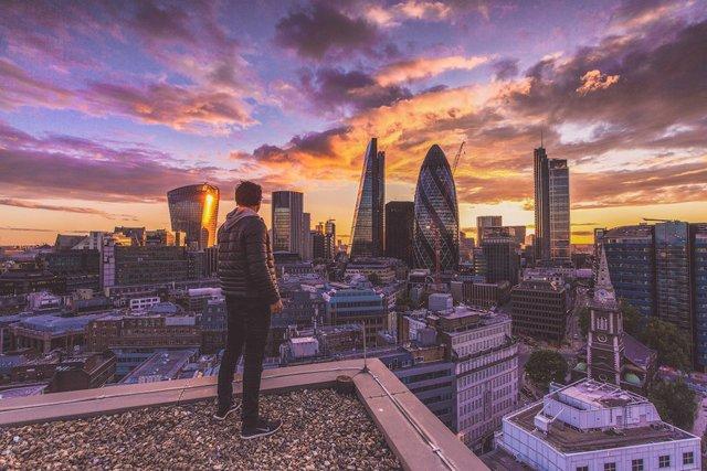 Руфер показує найефектніші краєвиди Лондона: яскраві фото - фото 351430