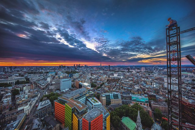 Руфер показує найефектніші краєвиди Лондона: яскраві фото - фото 351431