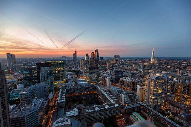 Руфер показує найефектніші краєвиди Лондона: яскраві фото - фото 351432