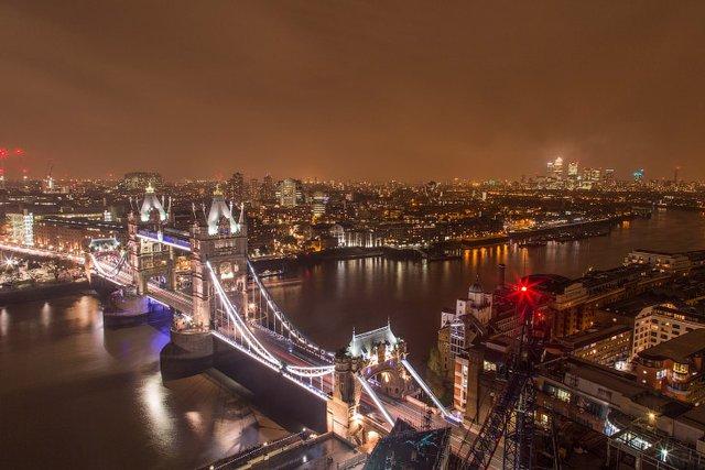 Руфер показує найефектніші краєвиди Лондона: яскраві фото - фото 351435