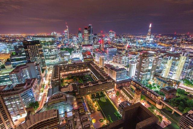 Руфер показує найефектніші краєвиди Лондона: яскраві фото - фото 351438
